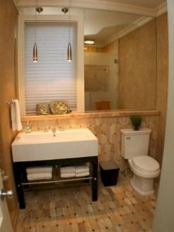 Incredible half bathroom decor ideas 38