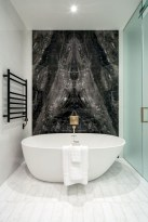 Incredible half bathroom decor ideas 84