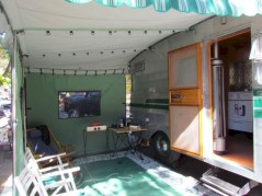 Rv living decor to make road trip so awesome 40