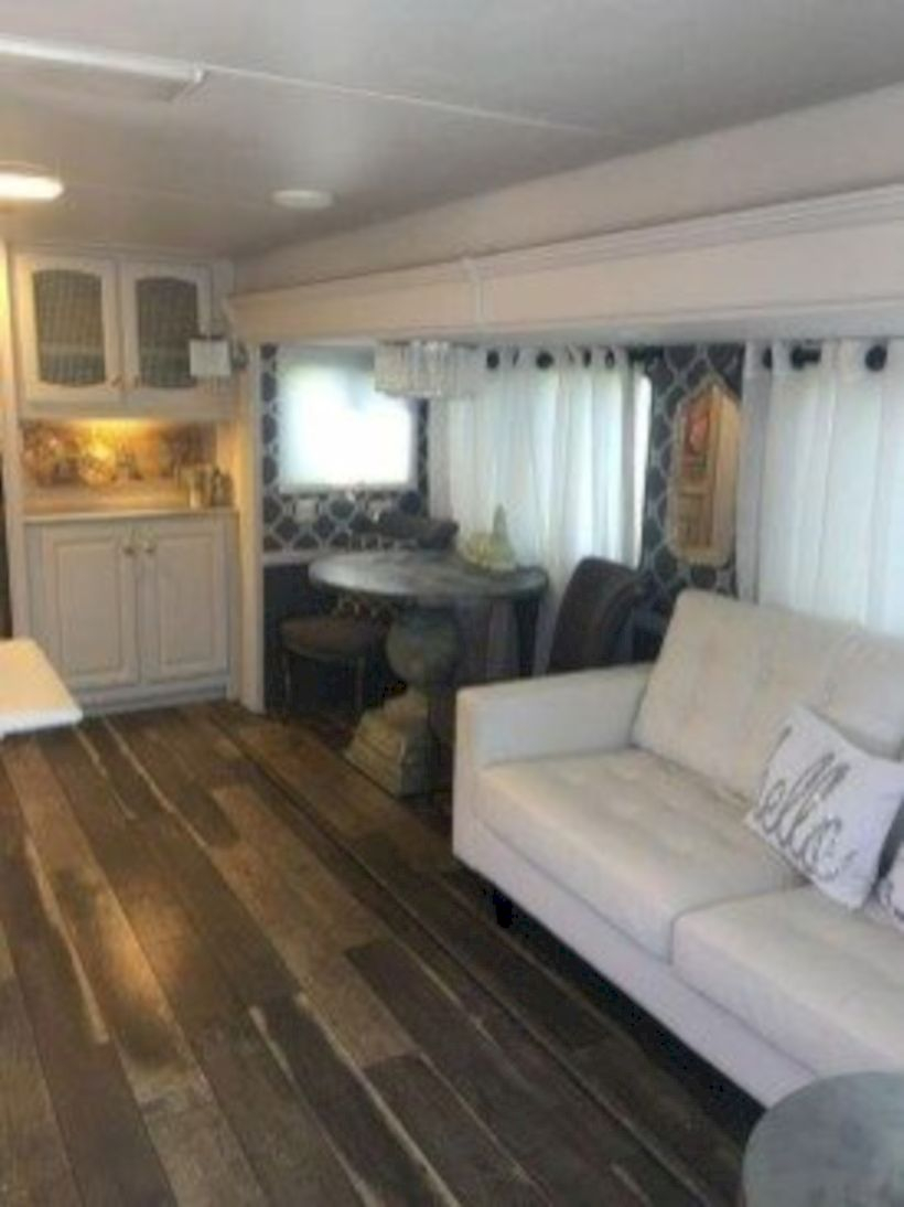 Rv living decor to make road trip so awesome 42