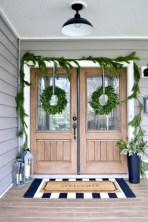Rustic farmhouse front porch decorating ideas 08