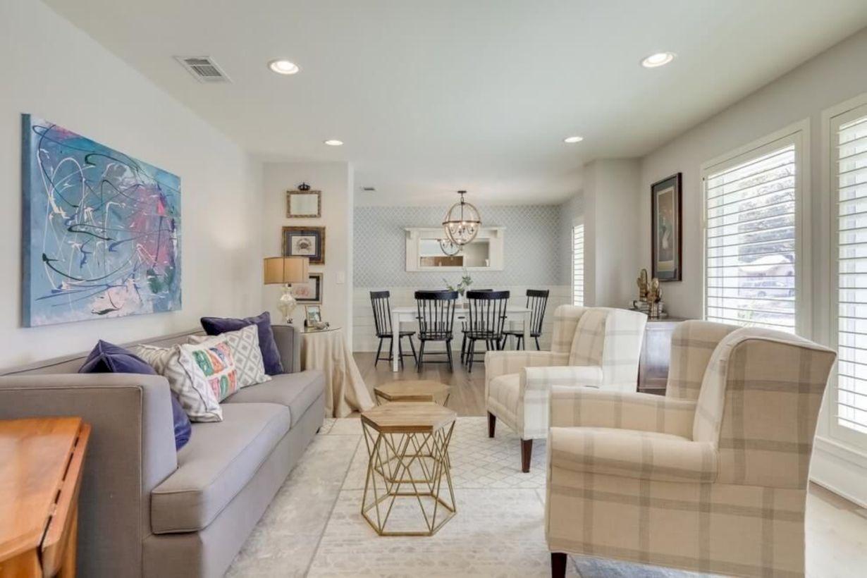 44 Rustic Farmhouse Living Room Decor Ideas - GODIYGO.COM