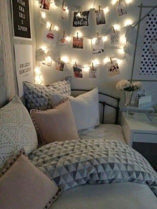 Easy and awesome wall light ideas for teens 14