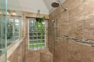 Stunning showers that will wash your body and soul 15