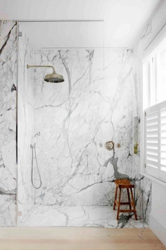 Stunning showers that will wash your body and soul 47