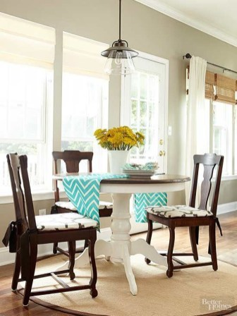Stunning ways to re-decorate your dining room 17