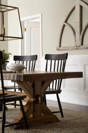 Stunning ways to re-decorate your dining room 40