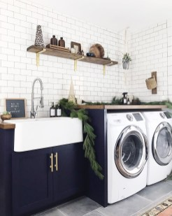 Beautiful and functional laundry room design ideas to try 19