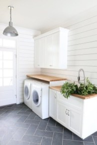 Beautiful and functional laundry room design ideas to try 21