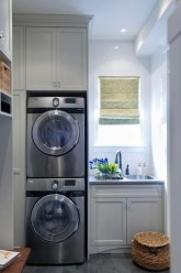 Beautiful and functional laundry room design ideas to try 27
