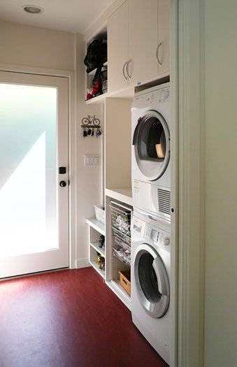 Beautiful and functional laundry room design ideas to try 32