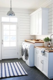 Beautiful and functional laundry room design ideas to try 35