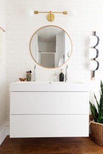 Best bathroom mirror ideas to reflect your style 40