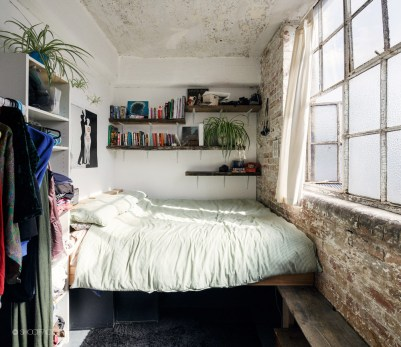 Cizy loft bedroom design ideas for small space 16
