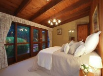 Fascinating bedroom ideas with beautiful decorating concepts 12