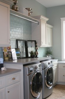 Laundry room design ideas that will maximize your small space 22