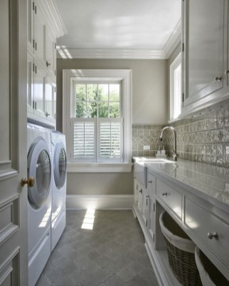 Laundry room design ideas that will maximize your small space 44