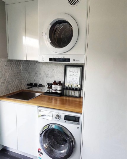Laundry room design ideas that will maximize your small space 51