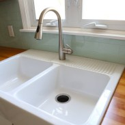 Top farmhouse sink designs for your lovable kitchen 14