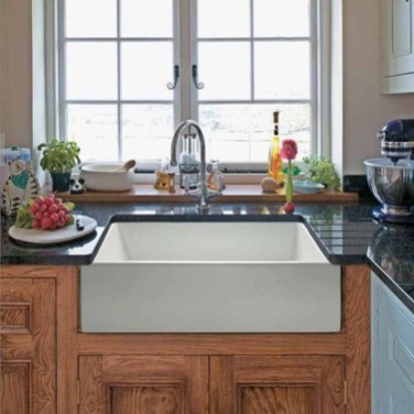 Top farmhouse sink designs for your lovable kitchen 32