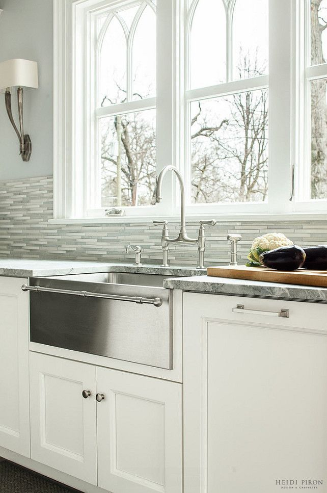 Top farmhouse sink designs for your lovable kitchen 33