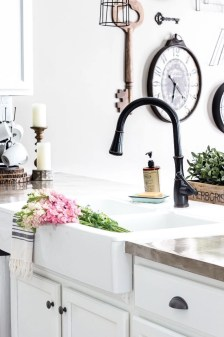 Top farmhouse sink designs for your lovable kitchen 48