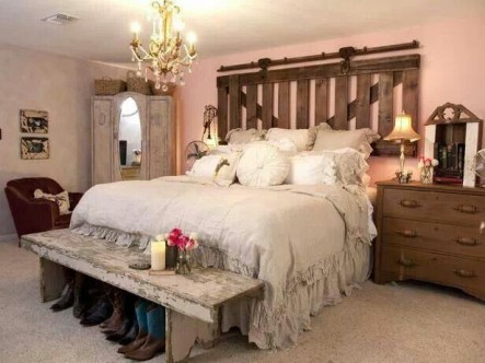 Awesome rustic bedroom furniture ideas to get the farmhouse charm 06