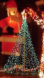 Beautiful diy christmas light decoration ideas 35