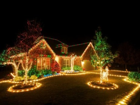 Beautiful diy christmas light decoration ideas 43