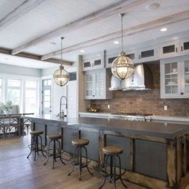 Colorful farmhouse style you will want to know 36