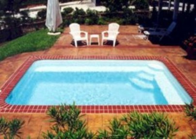 Coolest small pool ideas for your home 16