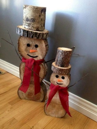 Creative diy rustic christmas decorations with wood 01