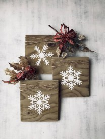 Creative diy rustic christmas decorations with wood 42