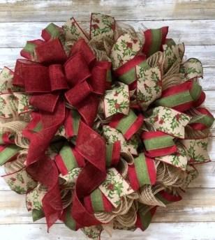 Diy christmas wreath ideas to decorate your holiday season 41