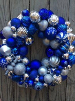 Diy christmas wreath ideas to decorate your holiday season 47