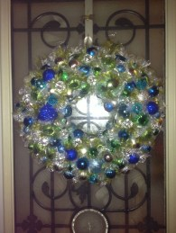 Diy holiday projects using dollar store ornaments 05
