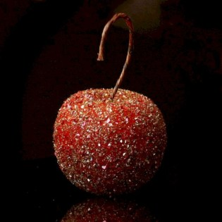 Diy holiday projects using dollar store ornaments 08