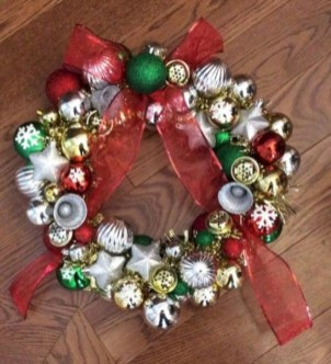 Diy holiday projects using dollar store ornaments 12