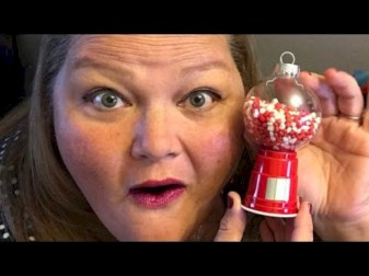 Diy holiday projects using dollar store ornaments 37