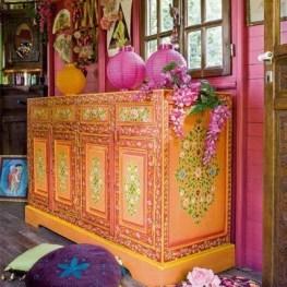 Enthralling bohemian style home decor ideas to inspire you 49