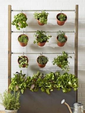 Inspiring vertical garden ideas for your small space 34