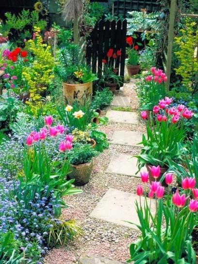 Pathway design ideas for your garden 10