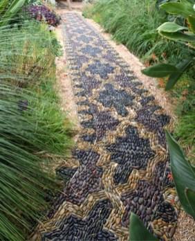Pathway design ideas for your garden 46