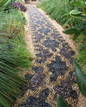 Pathway design ideas for your garden 46