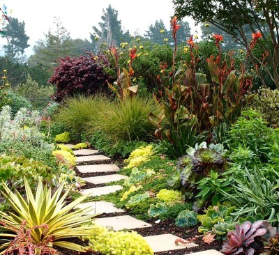Pathway design ideas for your garden 47