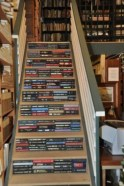 Smart and unusual book's storage ideas for book lovers 25