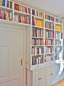 Smart and unusual book's storage ideas for book lovers 40