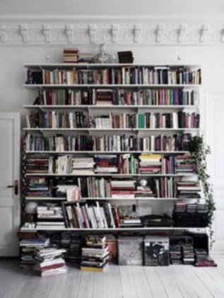 Smart and unusual book's storage ideas for book lovers 51