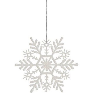 Ways to decorate your home with snowflakes and baubles 35