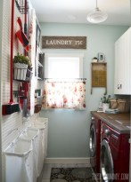 Beautiful and functional small laundry room design ideas 23